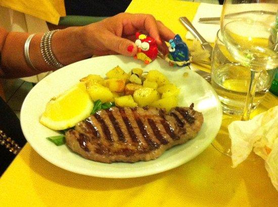 Hotel Villa Sirena : Cena di ferragosto carne