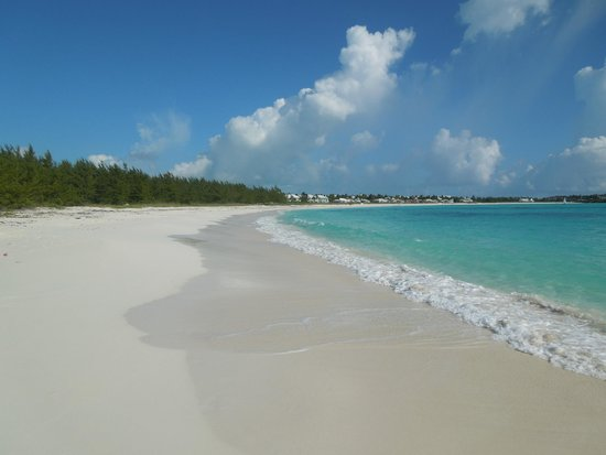 Sandals Emerald Bay Golf, Tennis and Spa Resort: Beaches are beautiful and LARGE white sand