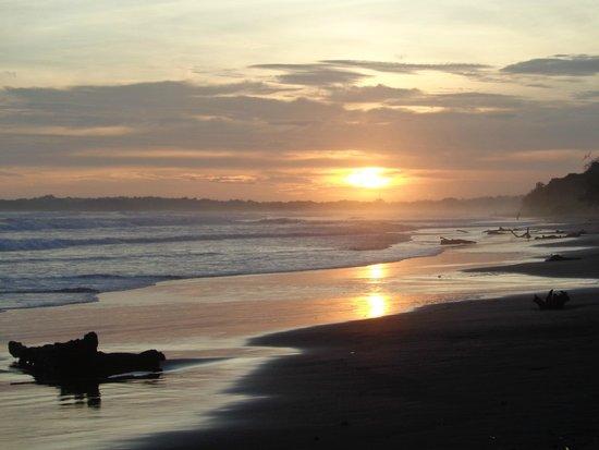 Hotel Playa Bejuco: atardecer