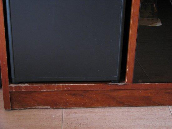H.TOP Amaika: Old furniture-zoom
