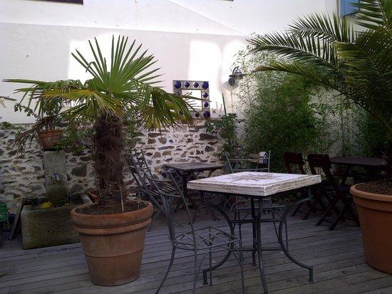 Maison Richet: un bref aperçu du patio