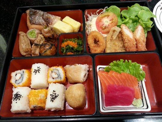 Fuji Japanese Restaurant - Jungceylon Patong: bento
