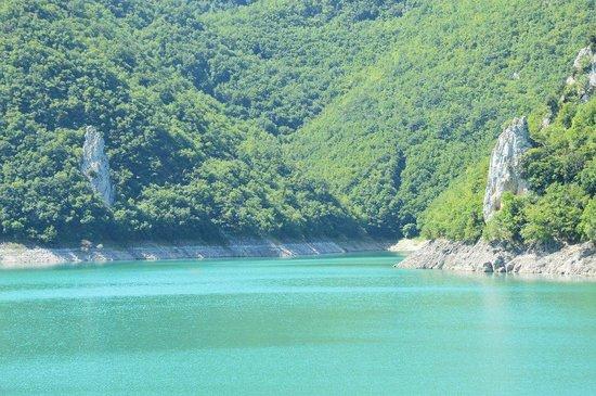 Lago del Turano : Lago 1