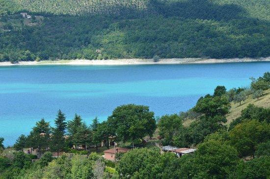 Castel di Tora, Italy: Lago 2