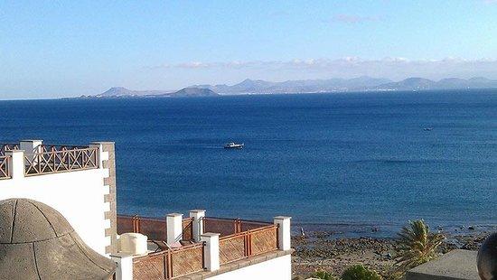 Gran Castillo Tagoro Family & Fun Playa Blanca: Desde la terraza