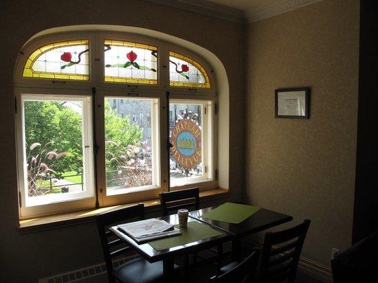 Hotel Chateau Bellevue: Breakfast Area
