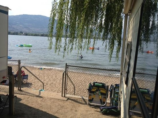 Cabana Beach Campground & RV Park: Lakefront sites