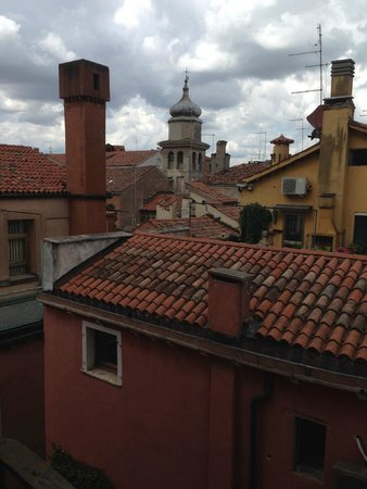 Ca' Badoer Dei Barbacani: View from West Studio window