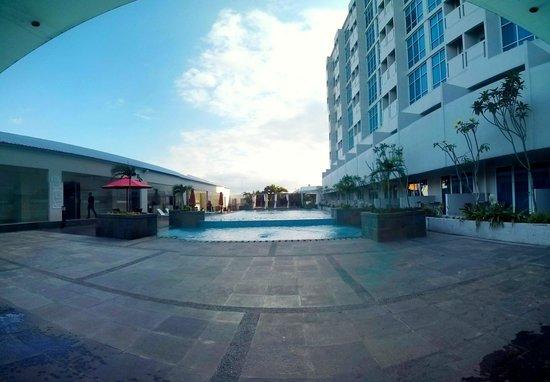 view kolam renang swiss bel inn malang picture of swiss belinn rh tripadvisor co uk swiss belinn malang swiss belinn malang hotel