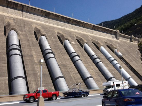Revelstoke Dam Visitor Centre: So much power!