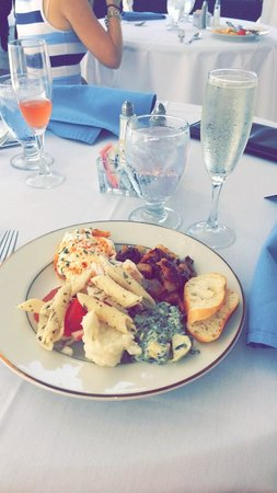 Casa Marina Hotel and Restaurant : sunday brunch