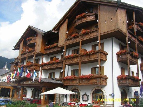 hotel Cima Rosetta visto di fronte