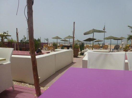 Beach and Friends: La terrasse