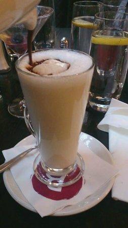Browns Brasserie & Bar: Hot Chocolate