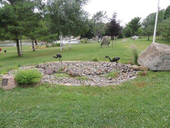 Sculpture Park: 4