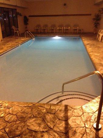 Riverside Towers : Pool