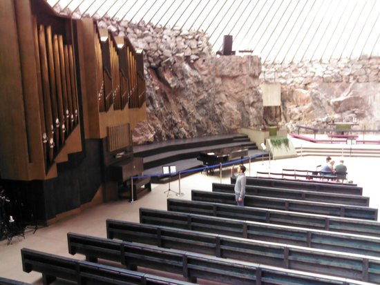 Temppeliaukio-Kirche: ORGANO no solo se usa para dar misa sino para conciertos.