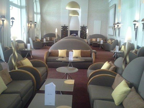 L'Imperial Palace : Superbe salle, mais un peu désert ...