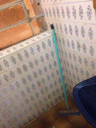 Banheiro Rodo No Lugar Do Box Picture Of Principe Hotel