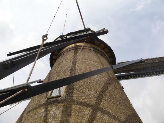 Mühlenanlagen in Kinderdijk-Elshout: One of the Kinderdijk Windmills