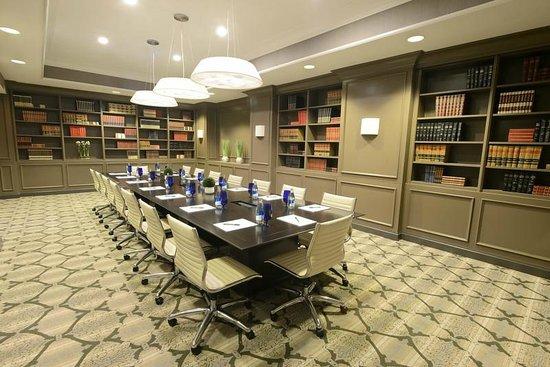 Magnolia Hotel St. Louis: Boardroom