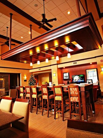 Hampton Inn & Suites St. Louis/South I-55 : Dining area