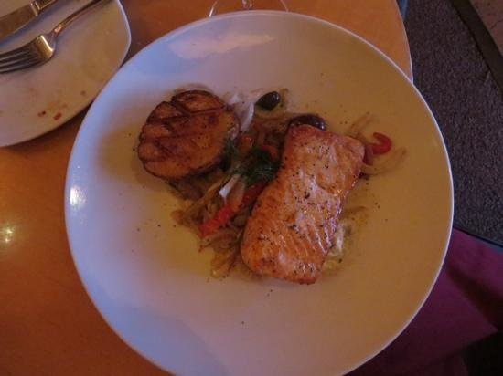 Mythos Restaurant at Universal's Islands of Adventure : salmon ... yummy!!