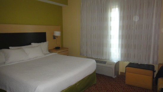 TownePlace Suites Dayton North: Room