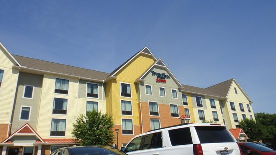 TownePlace Suites Dayton North: Building