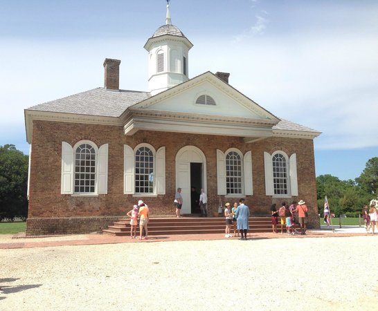 Colonial Williamsburg : Courthouse