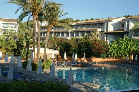 Beach Club Font de Sa Cala: vue de l'hotel