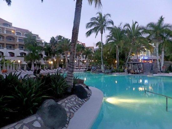 Jardines de Nivaria - Adrian Hoteles: piscina agua salada