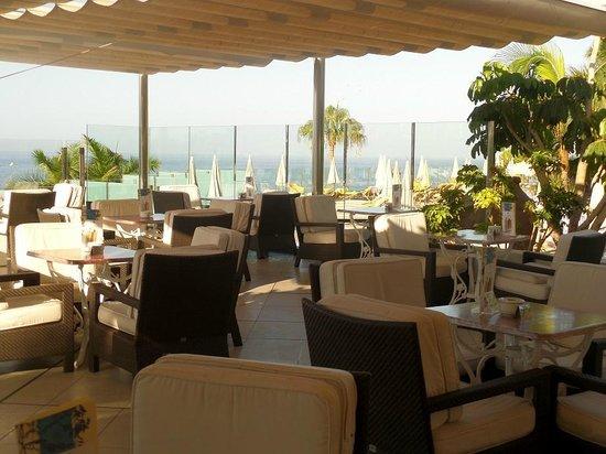 Jardines de Nivaria - Adrian Hoteles: cafetería piscina