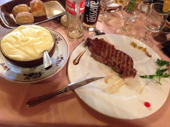 Le Relais de l'Aubrac: Le faux filet et aligot ... Un délice !