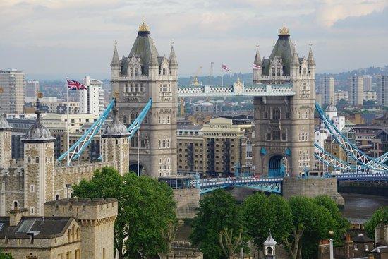 DoubleTree by Hilton Hotel London -Tower of London: Aussicht vom Dachgeschoss