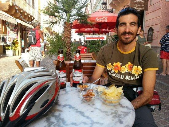 Barone Rosso : aperitivo in relax dopo il ciclotour dell'isola