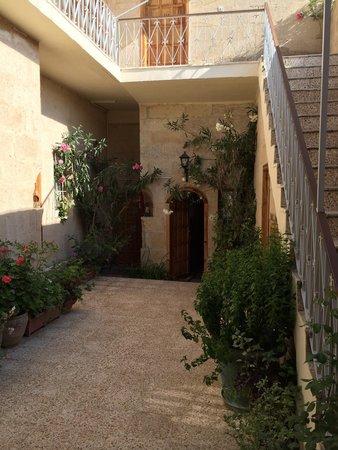 Hotel Elvan: Interno per andare alle camere