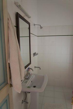 Hotel Aashiya Haveli: Bathroom