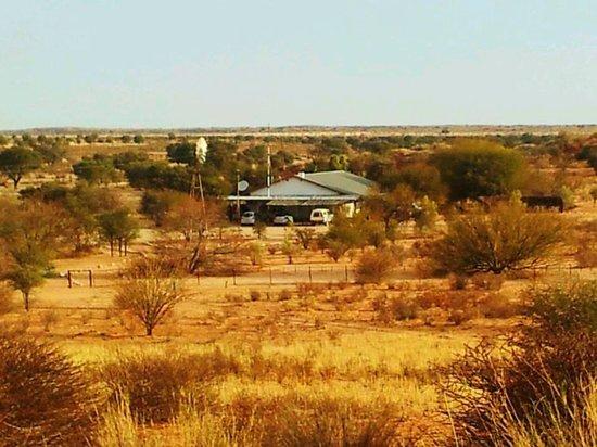 Kalahari Trails: Das große Gästehaus von den Dünen