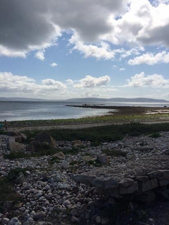 The Twelve Hotel: Beach at barna co. Galway