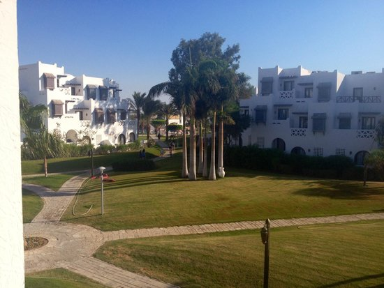 Mercure Hurghada Hotel: Beautiful view from our balcony