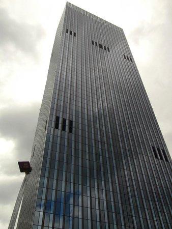 DC Tower mit Melia Vienna