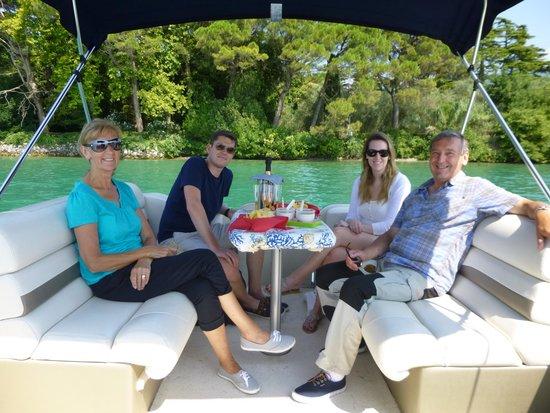 Bee Boat Service: Pure luxury