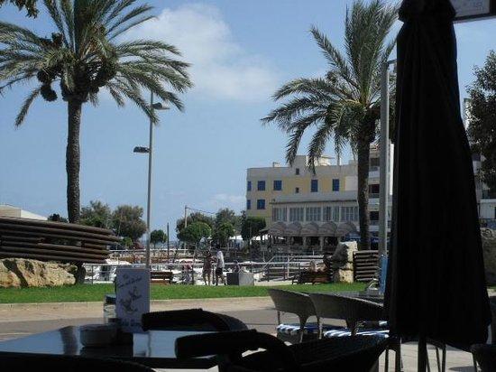 Cristina Villas  Apartments: resturant view in Cala Bona