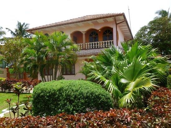 Paradise Holiday Village: Уютные номера с балконом
