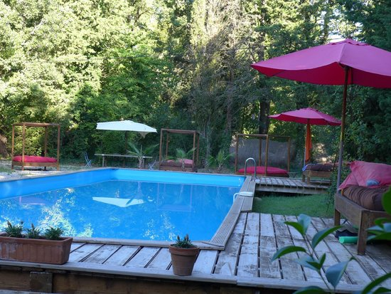 Campagne-Baudeloup : La piscine