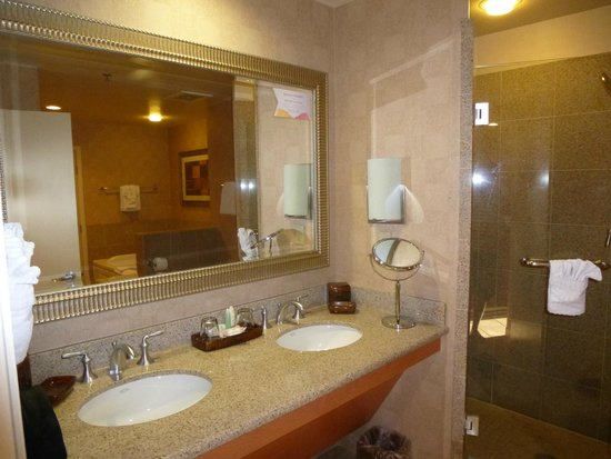Platinum Hotel and Spa: Vanity
