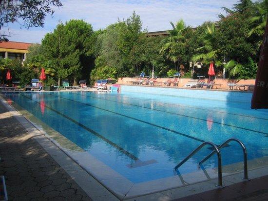 Sport Hotel Olimpo: pool