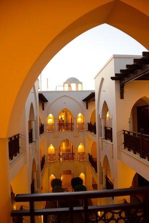 The Palace Port Ghalib: Corte interna