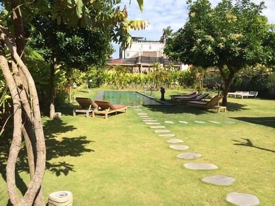 Si Doi Hotel: La piscine